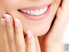 不好意思露牙齿?全口牙缺失真的要种满28颗种植牙吗?