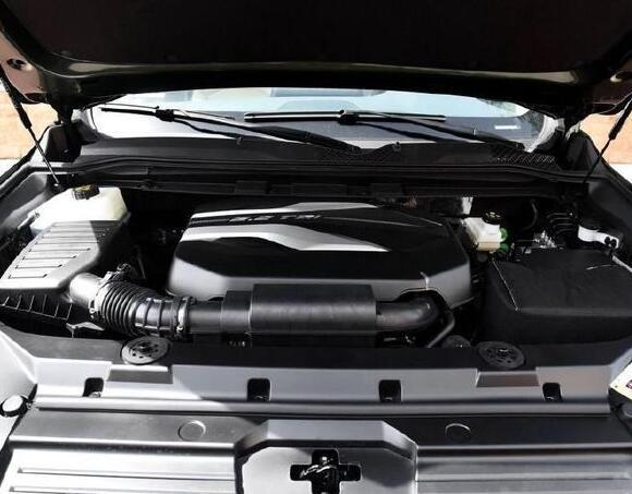 2018年5月上汽大通D90销量(426辆)15.67万的起售价超亲民 2018年5月上汽大通D90销量(426辆)15.67万的起售价超亲民 紧凑型SUV排行 第4张