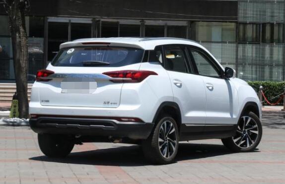 北京汽车智达X3八月销量 2019年8月销量3181辆(销量排名第72) 北京汽车智达X3八月销量 2019年8月销量3181辆(销量排名第72) SUV车型销量 第4张