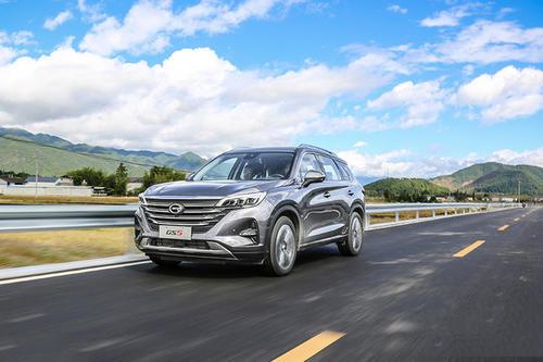 广汽传祺GS5八月销量 2019年8月销量2751辆(销量排名第82) 广汽传祺GS5八月销量 2019年8月销量2751辆(销量排名第82) SUV车型销量 第6张