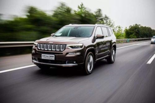 Jeep大指挥官八月销量 2019年8月销量874辆(销量排名第142) Jeep大指挥官八月销量 2019年8月销量874辆(销量排名第142) SUV车型销量 第4张