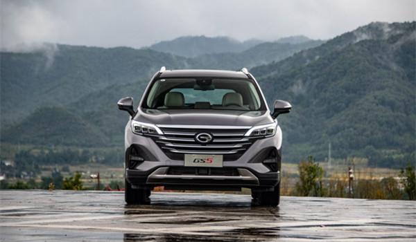 广汽传祺GS5七月销量 2019年7月销量2723辆(销量排名第78) 广汽传祺GS5七月销量 2019年7月销量2723辆(销量排名第78) SUV车型销量 第2张
