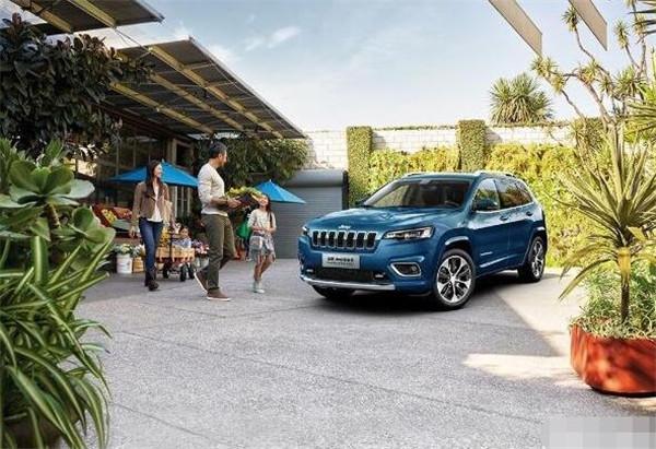 Jeep自由光七月销量 2019年7月销量1056辆(销量排名第139) Jeep自由光七月销量 2019年7月销量1056辆(销量排名第139) SUV车型销量 第3张