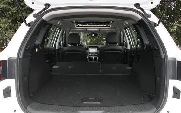 雷诺科雷傲七月销量 2019年7月销量831辆(销量排名第159) 雷诺科雷傲七月销量 2019年7月销量831辆(销量排名第159) SUV车型销量 第4张
