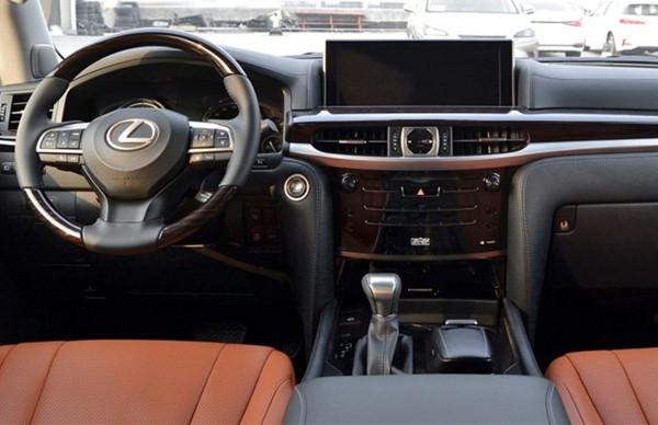 雷克萨斯LX六月销量 2019年6月销量764辆(销量排名第164) 雷克萨斯LX六月销量 2019年6月销量764辆(销量排名第164) SUV车型销量 第2张