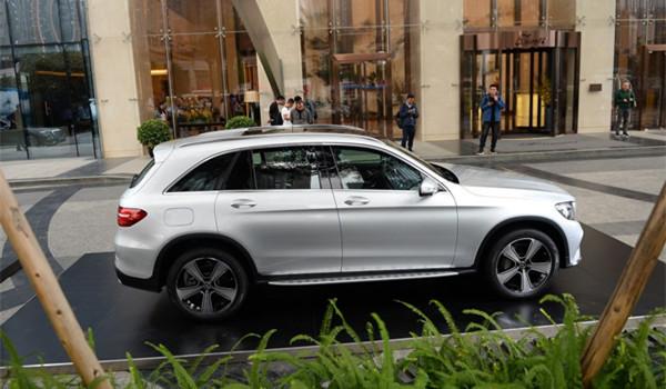 奔驰GLC五月销量 2019年5月销量10504辆(销量排名第13) 奔驰GLC五月销量 2019年5月销量10504辆(销量排名第13) SUV车型销量 第4张