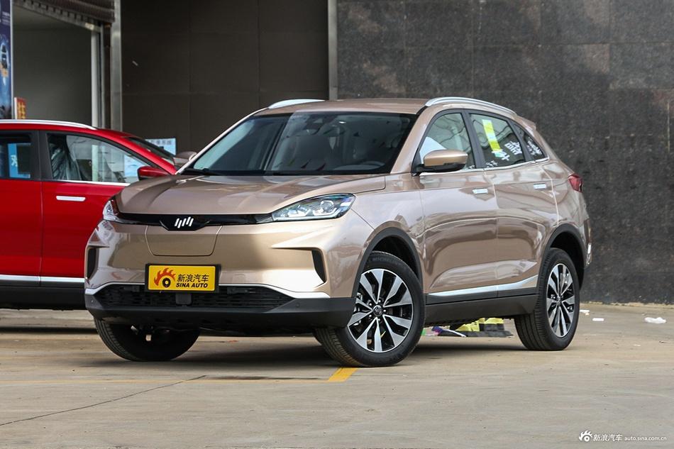 2019款威马EX5 智行2.0 Lite探索版400  Ta是小区最靓的仔 阳台岭看车之新能源车 SUV评测 第8张
