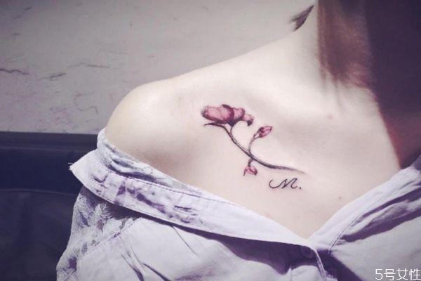 纹身掉皮期间怎样保养 纹身前后有什么注意 纹身掉皮期间怎样保养 纹身前后有什么注意 知识库 第2张