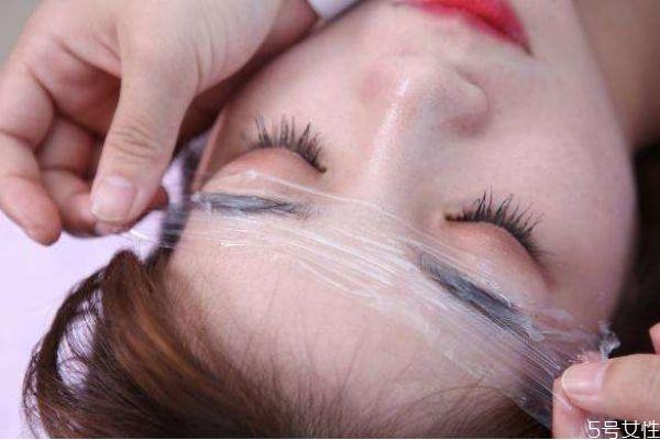 纹眉后如何护理 热水洗脸可以加速纹眉掉色吗 纹眉后如何护理 热水洗脸可以加速纹眉掉色吗 知识库 第1张
