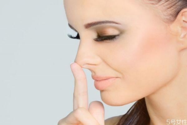 鼻梁纹怎么去除 如何消除鼻梁上的皱纹 鼻梁纹怎么去除 如何消除鼻梁上的皱纹 知识库 第2张