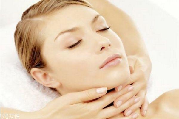果酸换肤的危害 果酸换肤的详细步骤 果酸换肤的危害 果酸换肤的详细步骤 知识库 第1张