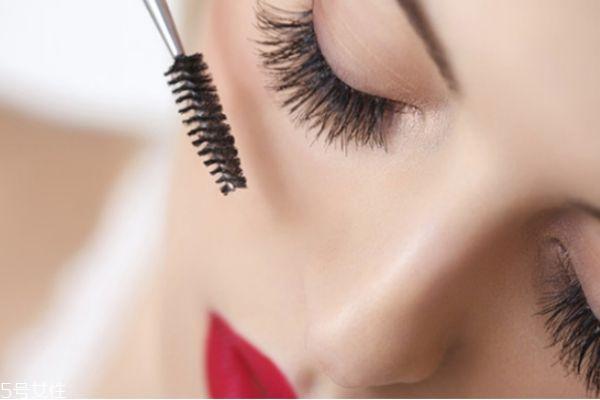 长期种睫毛会怎么样 种植眼睫毛的危害 长期种睫毛会怎么样 种植眼睫毛的危害 知识库 第3张