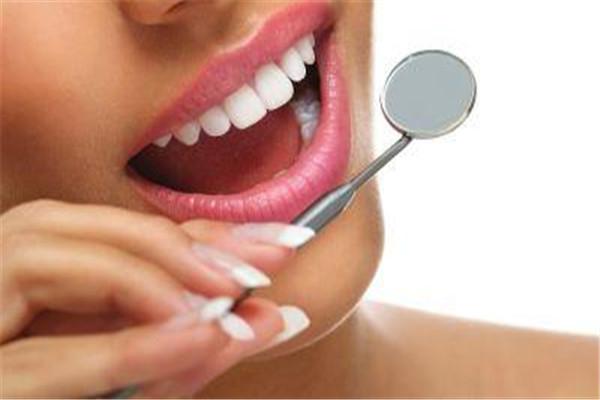 种植牙有哪几种材料 种植牙选什么材料好 种植牙有哪几种材料 种植牙选什么材料好 知识库 第3张