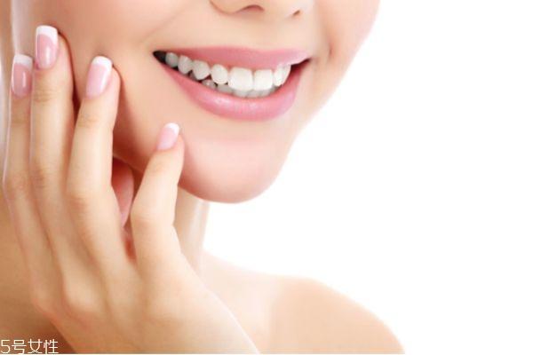 冷光美白后可以吃什么 冷光美白牙齿的注意事项 冷光美白后可以吃什么 冷光美白牙齿的注意事项 知识库 第1张
