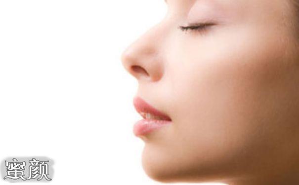 https://img.miyanlife.com/mnt/Editor/2020-09-11/5f5ad0abe6a90.jpg 做隆鼻手术痛吗?专家三分钟带你了解! 知识库 第3张